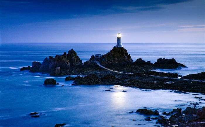 UK Jersey La Corbiere lighthouse wallpaper Views:15158