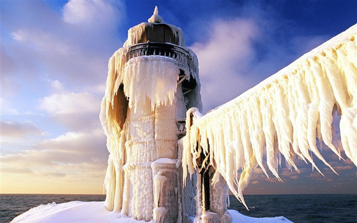 snow-covered St Joseph lighthouse wallpaper Views:26329