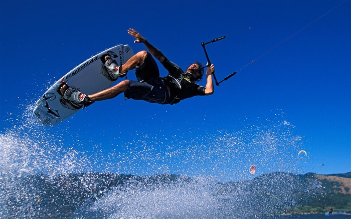 Aerial skateboard- SPORT Wallpaper Views:7314
