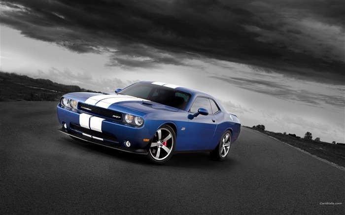 Blue and white look-Dodge Challenger SRT8 392 2012 models HD wallpaper Views:12760