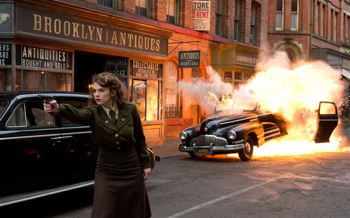 Peggy Carter Attacks-Captain America-The First Avenger HD Movie Wallpaper 35 Views:3911