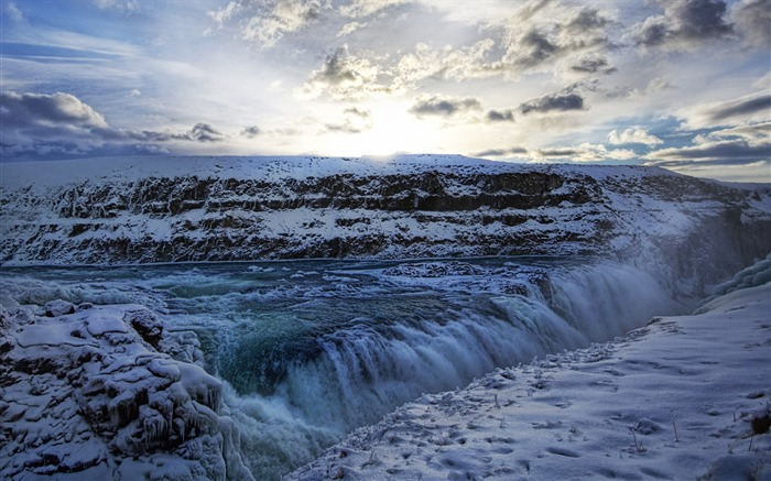 Iceland largest gold waterfall waterfall Views:5246