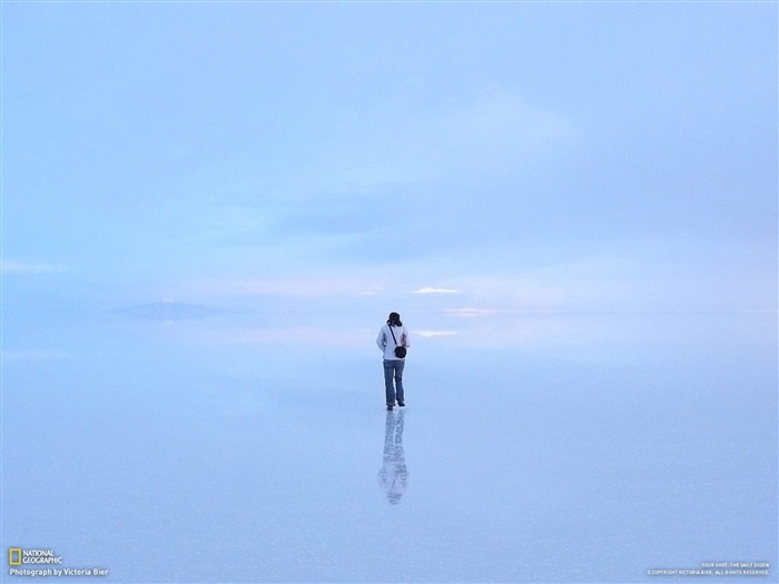 Lost in the Uyuni salt marsh-National Geographic-Photo of the Day Views:10858