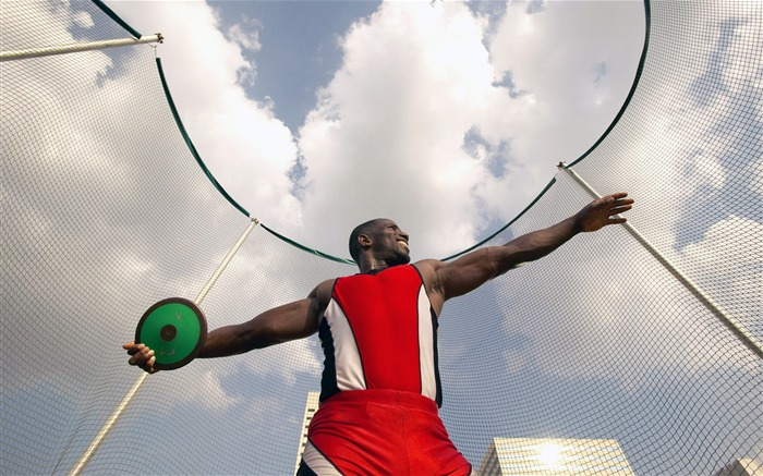 Men Discus Throw movement-Life is the challenge Views:11751