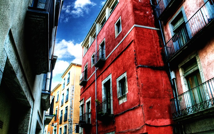 Red House-Urban landscape Girona Spain Views:7613