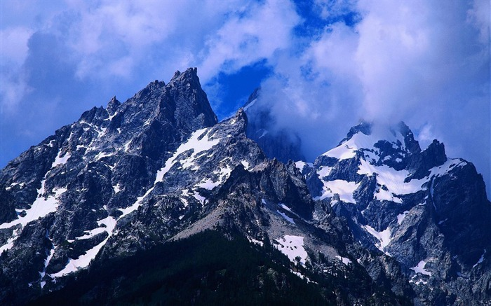 Rugged mountains wallpaper Views:3250