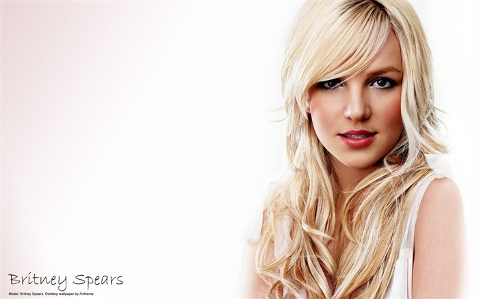 Superstar Britney Spears Wallpaper Views:10554
