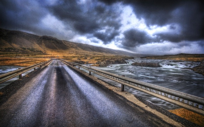 The Road Home to Reykjavik Views:4653