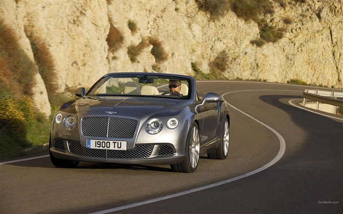 Top Convertible - Bentley Continental GTC-HD wallpaper Views:7336