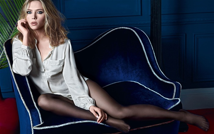 World top ten sexiest female star-Scarlett Johansson-Wallpaper 07 Views:7847