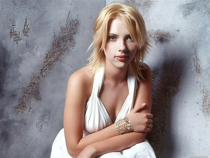 World top ten sexiest female star-Scarlett Johansson-Wallpaper 13 Views:6814