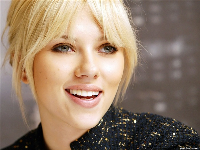 World top ten sexiest female star-Scarlett Johansson-Wallpaper 20 Views:6965