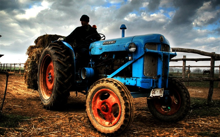 agricultural tractors-HDR Spanish urban landscape Views:8687