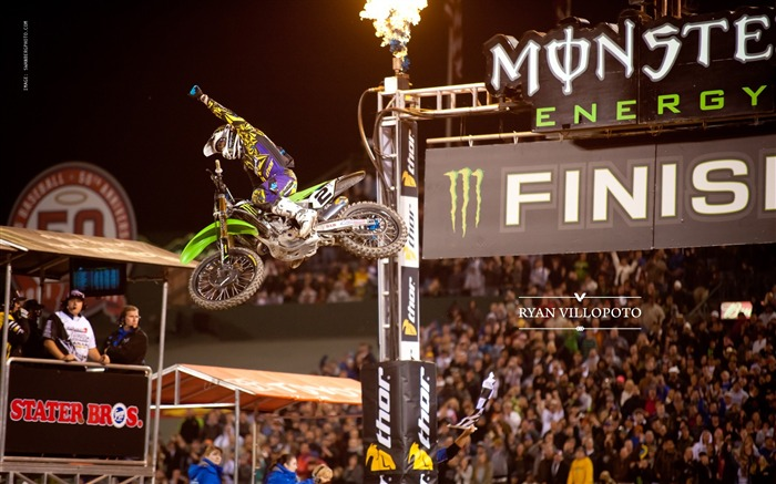 AMA Supercross Anaheim-the first stop-Ryan Villopoto Wallpaper Views:7172