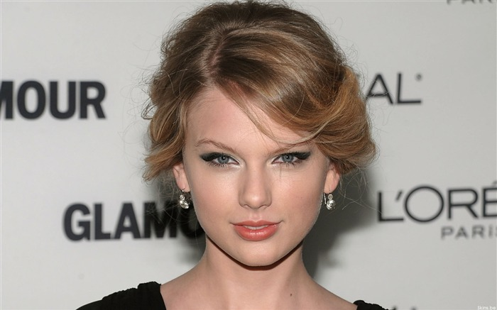 American country music singer - taylor swift 14 Views:10438