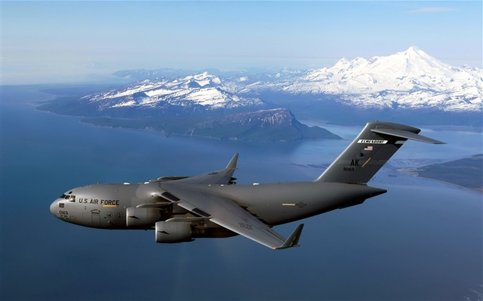 C 17 Globemaster III Over Alaska-Years of peace-military aircraft Views:4685