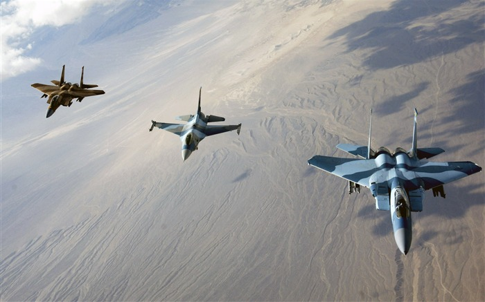 F 15 Eagles and F16 Fighting Falcon-Years of peace-military aircraft Views:6412
