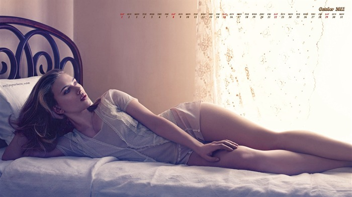 Scarlett Johansson-October 2011 - calendar wallpaper Views:17172