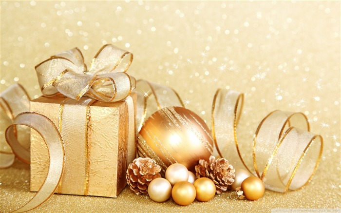 gift-Christmas items - jewelry Desktop Wallpaper Views:20208