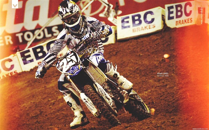 AMA Supercross Houston station-riders Ryan Sipes Views:3805