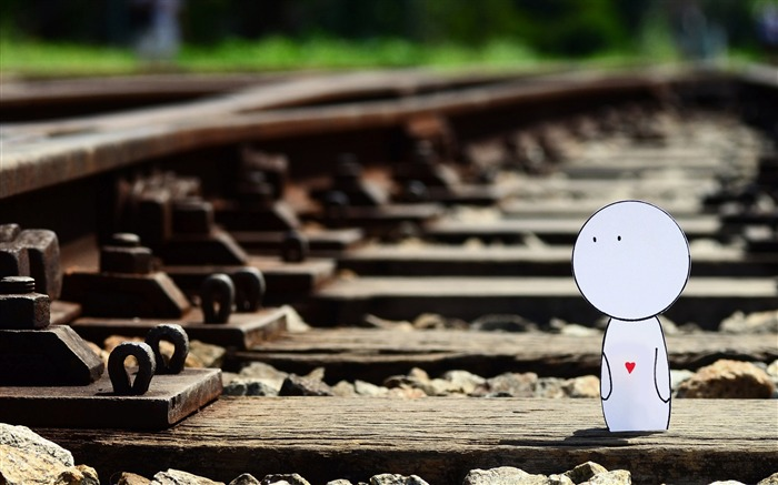 i walk along the railway-love wallpaper pictures Views:7831