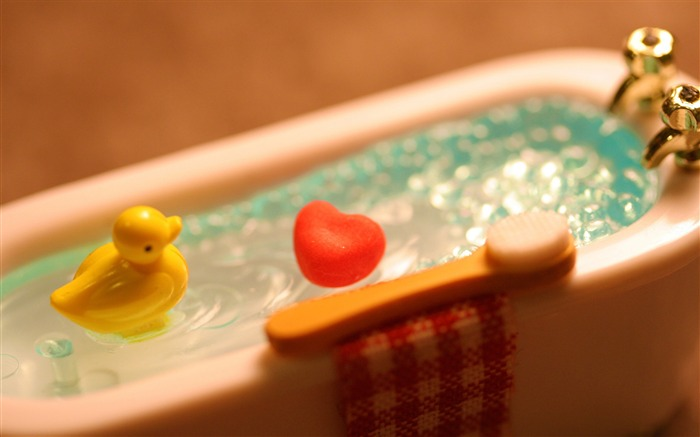 warm bath-love wallpaper pictures Views:5429