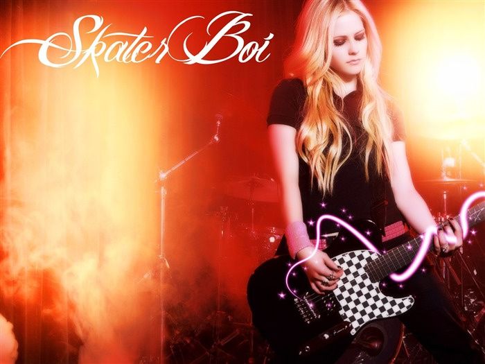 Avril Lavigne-Super Star Singer Desktop Wallpaper Views:11488