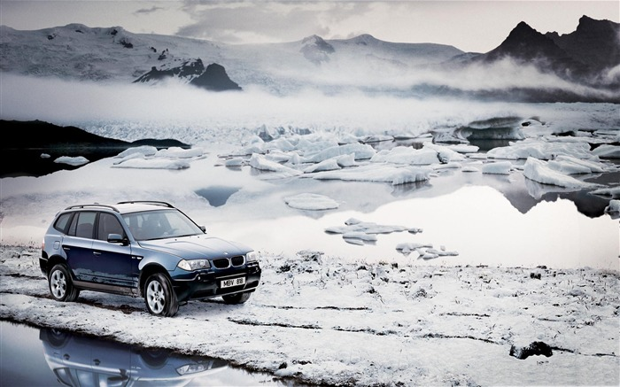 Title:BMW winter-winter theme desktop wallpaper Views:5609