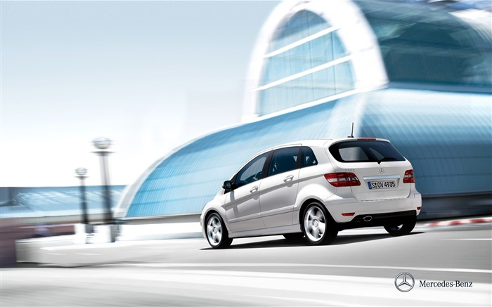 Mercedes-Benz B-Class Compact Sports Tourer wallpaper Views:5750