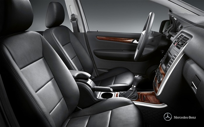 Mercedes-Benz B-Class front interior wallpaper Views:5127