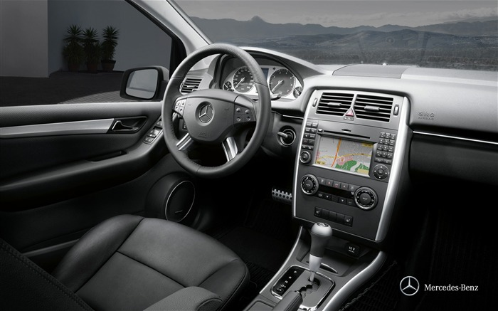 Mercedes-Benz B-class driving position space wallpaper Views:5136