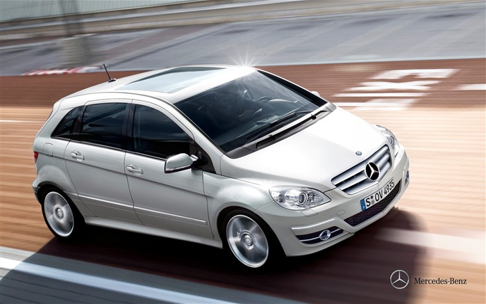 Mercedes-Benz B200 Sports Tourer wallpaper Views:6641