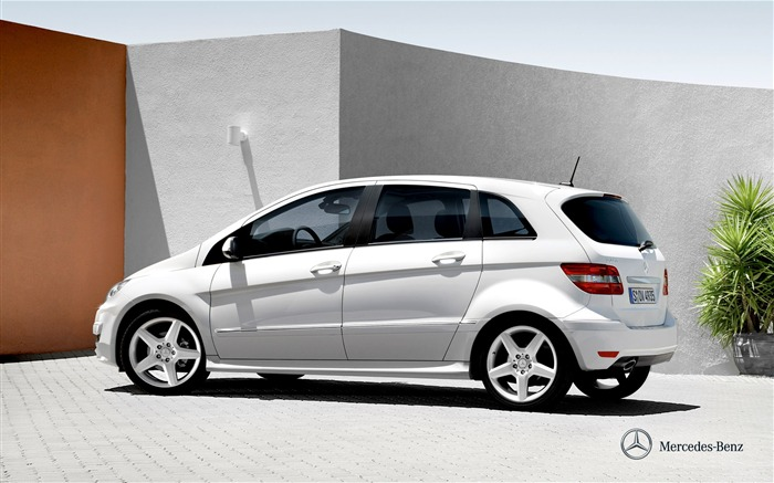 Mercedes-Benz B200 wallpaper Views:6786
