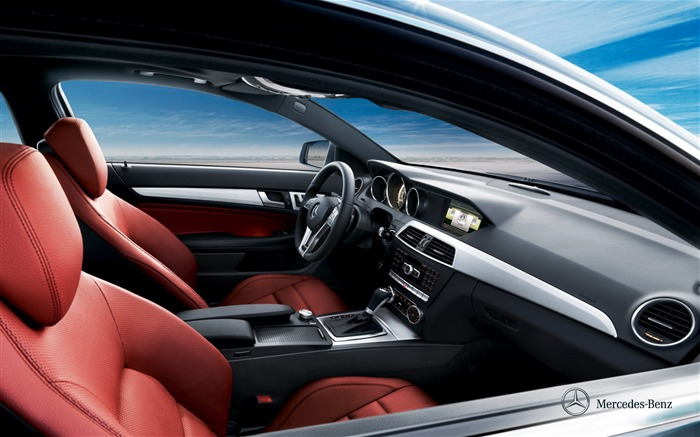Mercedes-Benz C-class coupe front room wallpaper Views:4972