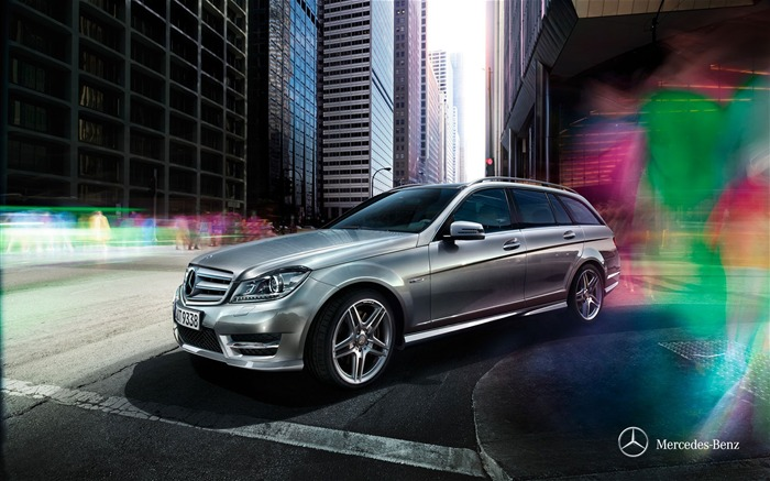 Mercedes Benz C-Class luxury wagon Wallpaper Views:12250