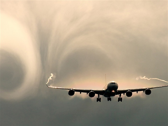 vortex hole in cloudy sky-civil aviation aircraft Desktop Wallpapers Views:4176
