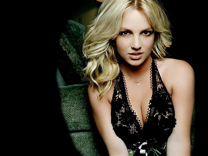 Beauty Star pop music Singer-Britney Spears Photo Wallpaper 03 Views:5427