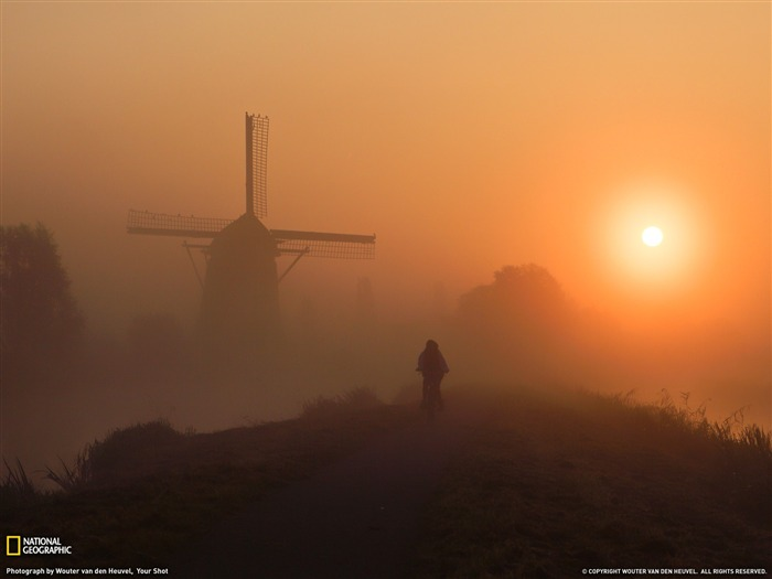 Morning Ride Netherlands-Landscape photography theme wallpaper Views:4924