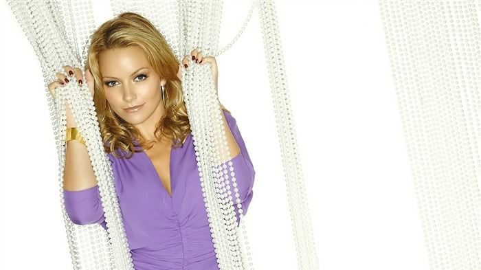 Becki Newton beautiful star Wallpaper 01 Views:8206
