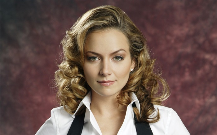 Becki Newton beautiful star Wallpaper 02 Views:5171
