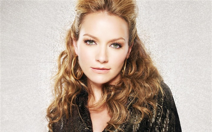 Becki Newton beautiful star Wallpaper 04 Views:5975