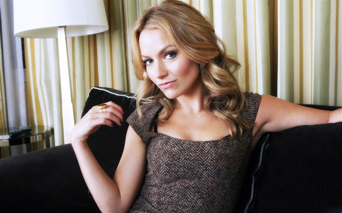 Becki Newton beautiful star Wallpaper 05 Views:5181