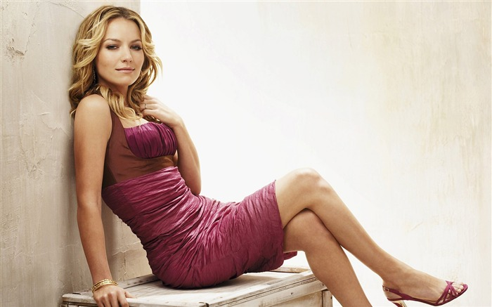 Becki Newton beautiful star Wallpaper Views:12068