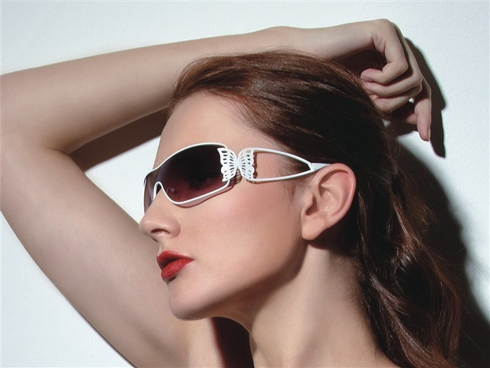 Charming beauty model glasses advertising Wallpaper 04 Views:7205