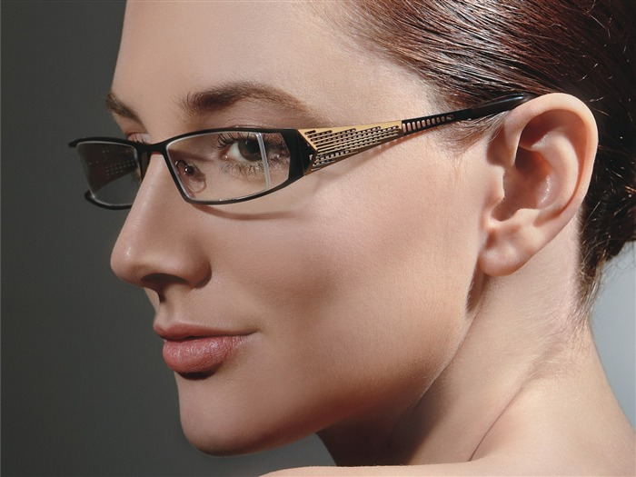 Charming beauty model glasses advertising Wallpaper 05 Views:9310