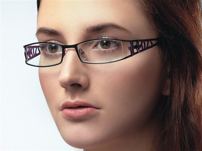 Charming beauty model glasses advertising Wallpaper 06 Views:10755