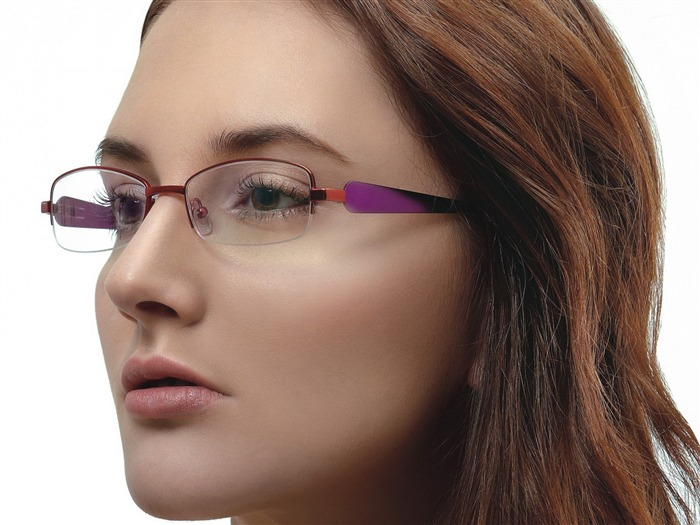 Charming beauty model glasses advertising Wallpaper 07 Views:6277