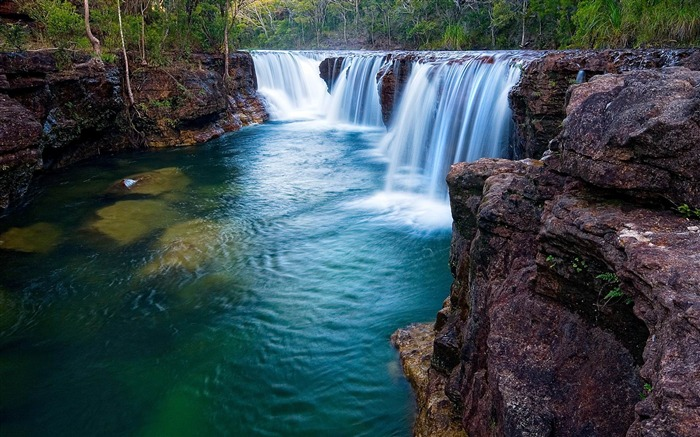 The worlds most beautiful waterfall landscape picture Views:37140