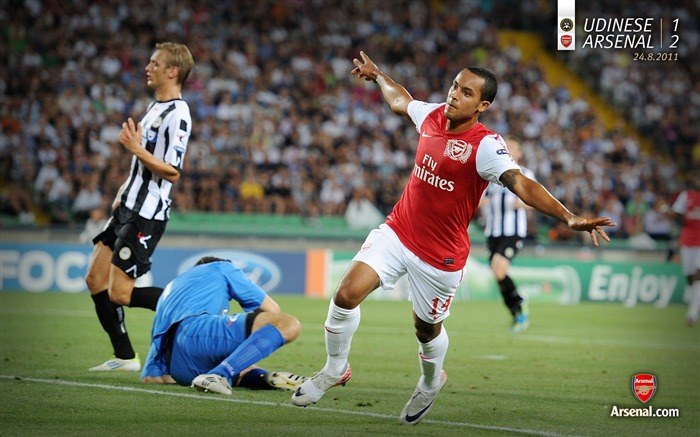Udinese 1-2 Arsenal-Arsenal 2011-12 season Desktop wallpaper Views:3048