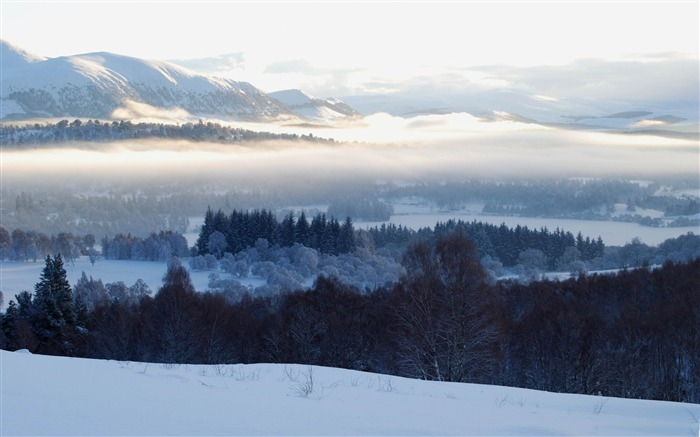 cairngorms under snow-Beautiful mountain scenery picture Views:6469